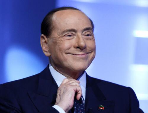 Silvio Berlusconi dimesso dall'ospedale San Raffaele di Milano